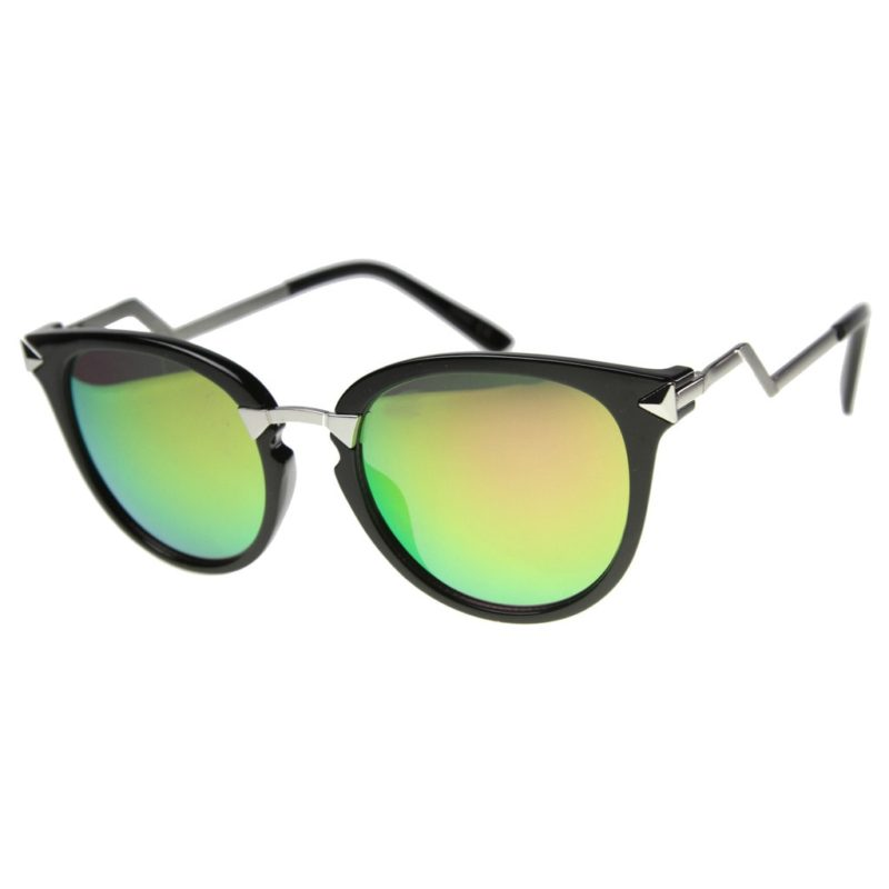 sunglasses photo for an online shop