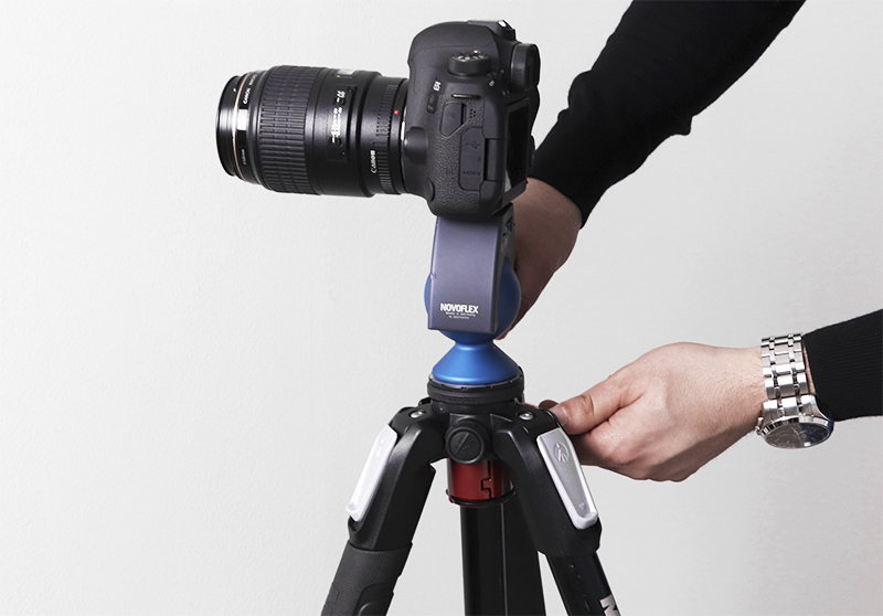 Tripod for jewelry product photography